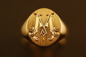 hand-engraved-signet-ring-victorian-m